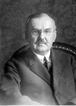 Premier Władysław Grabski przeprowadził dwie ważne reformy: skarbową i walutową