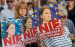 <Polska wpisała Ludmiłę Kozłowską  do Systemu Informacyjnego Schengen (SIS) jako osobę niepożądaną. ABW negatywnie zaopiniowała jej osobę