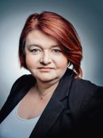 """< Anna Godzwon, ekspertka ds. prawa wyborczego, współautorka książki """"Konsekwencje rewolucji w prawie wyborczym, czyli jak postawić krzyżyk i dlaczego w kratce"""""""