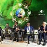 <Uczestnicy debaty zgodnie mówili,  że kierunkiem, w którym podąża branża energetyczna, jest energetyka prosumencka i gospodarka obiegu zamkniętego
