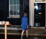 Theresa May pozostaje lokatorką Downing Street 10 po wygranym głosowaniu o wotum zaufania, ale największym nierozwiązanym problemem wciąż jest brexit