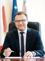 ≥Radosław Witkowski prezydentem Radomia jest od 2014 roku. Wcześniej był m.in. posłem (PO)  oraz radnym radomskiej rady miejskiej
