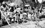 Na Saipanie  po zwycięstwie Amerykanów  tysiące japońskich rodzin popełniły samobójstwo, rzucając się  z wysokiego klifu w pobliżu przylądka Marpi. Tylko nieliczni woleli oddać się do niewoli