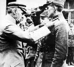 Marszałek Józef Piłsudski dekoruje mjr. Cedrica Fauntleroya Orderem Virtuti Militari