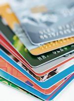 Banki pozwalają, by do nowej karty klienci sami ustalali swój PIN