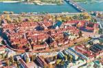 Widok odbudowanego Starego Miasta w Warszawie.