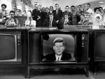 Na krawędzi wojny. Prezydent John F. Kennedy ogłasza blokadę Kuby w odpowiedzi na rozmieszczenie na wyspie przez Związek Sowiecki rakiet średniego zasięgu. 22 października 1962 r.