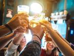 Koniunktura na rynku piwa zależy od pogody. Ciepłe lato w ubiegłym roku sprawiło, że producenci liczyli zyski, natomiast zimny tegoroczny maj spowodował, że sprzedaż piwa spadła o 4,5 proc.