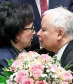 Elżbieta Witek jest w Sejmie od 2005 r., ale Jarosław Kaczyński z cienia wyciągnął ją cztery lata temu