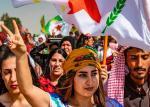 Kurdowie z Ras al-Ain w północnej Syrii protestują przeciw zapowiedzianej tureckiej ofensywie
