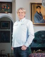 Marek Roefler z wykształcenia fizyk. W 1983 roku założył firmę Dantex, która od 1996 roku zajmuje się budową biurowców  pod wynajem i realizacją inwestycji mieszkaniowych