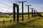 Zasieki na dawnej granicy czechosłowacko-austriackiej, pozostałość po tzw. elektrycznej granicy