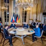 Przywódcy Ukrainy, Francji, Rosji i Niemiec rozpoczęli rozmowy w poniedziałek wieczorem