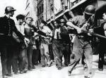 Po upadku rządu Vichy przez całą Francję przetoczyła się fala sądów kapturowych i brutalnych rozliczeń zdrajców, którzy kolaborowali z Niemcami. Okres ten nazwano épuration légale – dziką czystką
