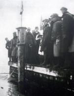 Zaślubiny Polski z morzem, trzeci z lewej – gen. Haller. Puck, 10 lutego 1920 r.