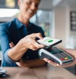 Coraz chętniej płacimy za pomocą cyfrowego portfela w smartfonie