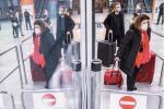 Podróżni  z Wielkiej Brytanii bez badań rozjechali się  po kraju