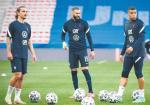 Od lewej: Antoine Griezmann, Karim Benzema i Kylian Mbappe – tego tercetu zazdrości Francuzom cała Europa