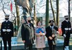 Gdański koncern wspiera także działania promujące postawy patriotyczne poprzez upamiętnienie najważniejszych wydarzeń z naszej historii i oddanie hołdu polskim bohaterom