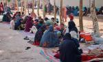 Afgańczycy, którzy uciekli przed ofensywą talibów zprzedmieść iokolic Kandaharu, drugiego pod względem liczby ludności wAfganistanie. Na początku lipca talibowie przejęli kontrolę nad niektórymi dzielnicami miasta