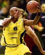 Travis Best, najbardziej utytułowany gracz NBA, jaki wystąpił w polskiej lidze, już nie zdobędzie punktów