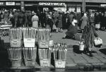 Braki towarów w sklepach stały się podczas lat 80. zjawiskiem chronicznym