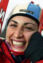 Justyna Kowalczyk, ur. 19 stycznia 1983 r. Brązowa medalistka igrzysk w Turynie na 30 km stylem dowolnym. Dwa razy wygrała zawody PŚ: rok temu w Otepaeae i w tym sezonie w Canmore