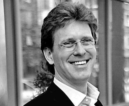Przemysław Schmidt, bankier inwestycyjny w Trigon Polska - 781579,385069,9