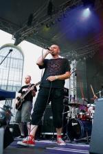 Tomasz Budzyński odcina się od punka, jednak w muzyce Armii wciąż słychać go bardzo wiele