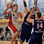 Leszek Karwowski będzie kluczowym zawodnikiem Polonii 2011 w meczu z Big Starem. Jeśli zatrzyma Damiana Kuliga, stołeczny zespół powinien wygrać w Tychach