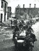 Kolumna zmotoryzowana niemieckiej 2. Dywizji Lekkiej w Iłży, 6 września 1939 r.