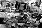 Polacy zamordowani przez UPA  na Wołyniu. Zdjęcie  ze wsi Lipniki z 26 marca 1943 r.