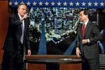 Bill O'Reilly (z lewej) jest najbardziej oglądanym prawicowym komentatorem