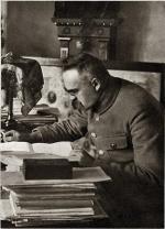 Józef Piłsudski w Sulejówku w 1925 r.