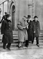 Jedno z ostatnich zdjęć Józefa Piłsudskiego. Marzec 1935 r.