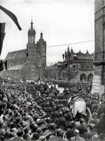 Kondukt pogrzebowy Józefa Piłsudskiego w Krakowie.