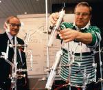 Swoje doświadczenia z zimną fuzją Fleischmann i Pons przeprowadzili w prostym laboratorium