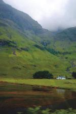 Jedna z wielu małych destylarni na północy Szkocji