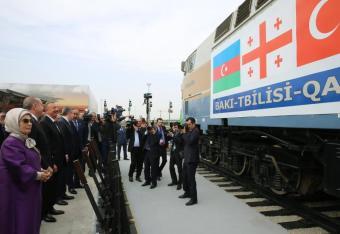 Kolej, która omija Rosję i jej sojusznika