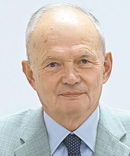 Andrzej Roch Dobrucki nie zgadza się na zmiany dotyczące projektantów - 1030665,1101597,16