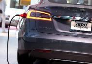 Rządowi nie uda się     rozpędzić aut na prąd