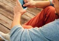 Sklepy wchodzą do    smartfonów