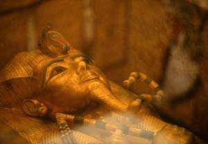 Grobowiec Tutanchamona w pełnym blasku