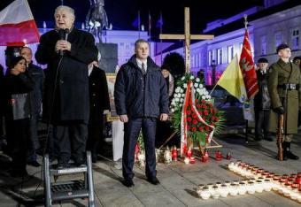 Kuria warszawska: Nie jesteśmy organizatorem miesięcznic smoleńskich