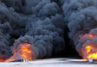 Libia coraz szybciej pogrąża się w wojnie domowej