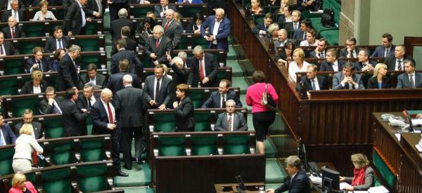 Wiadomo kto wprowadził rosyjskiego agenta do Sejmu