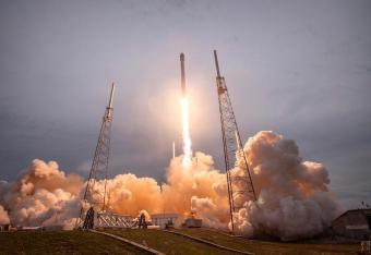 SpaceX chce wystrzelić 4425 satelitów