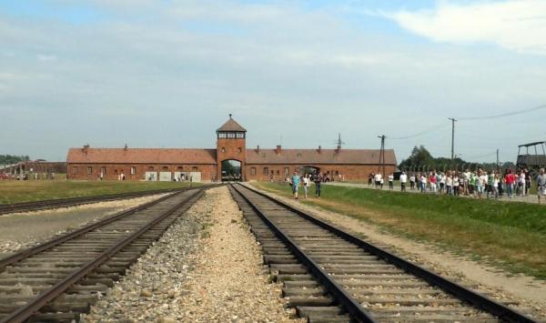 Zmienić turystykę Holokaustu
