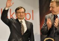 Ziobro wzywa Kaczyńskiego do zerwania koalicji… z PO