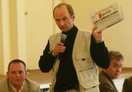 """Piotr Stasiński z """"GW"""" w poszukiwaniu """"polskiego chama"""""""